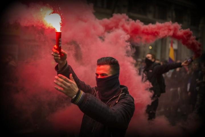 Британские СМИ негодуют: проект революции в России провалился