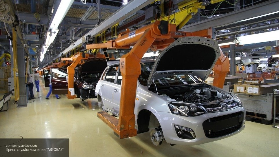 «АвтоВАЗ» запускает конвейер после новогодних праздников