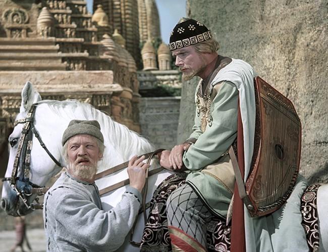 Былинно - сказочный мир Александра Птушко - Ольги Кручининой.