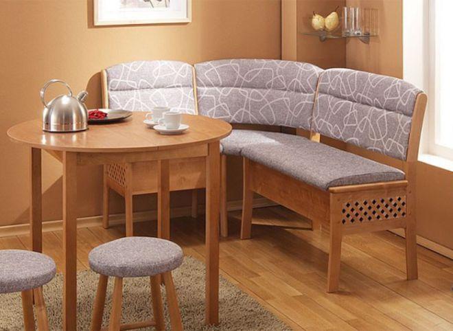 деревянная скамейка на кухню