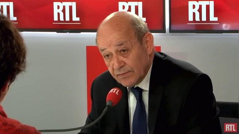Министр иностранных дел Франции: Макрон всё же поедет в Москву, но лишь для того, чтобы начать «требовательный» диалог