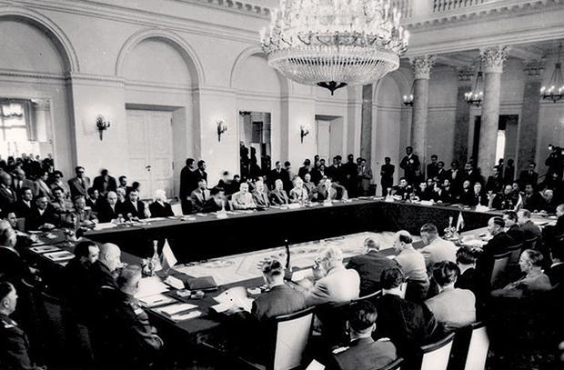 Варшавский договор был подписан 14 Мая 1955 года