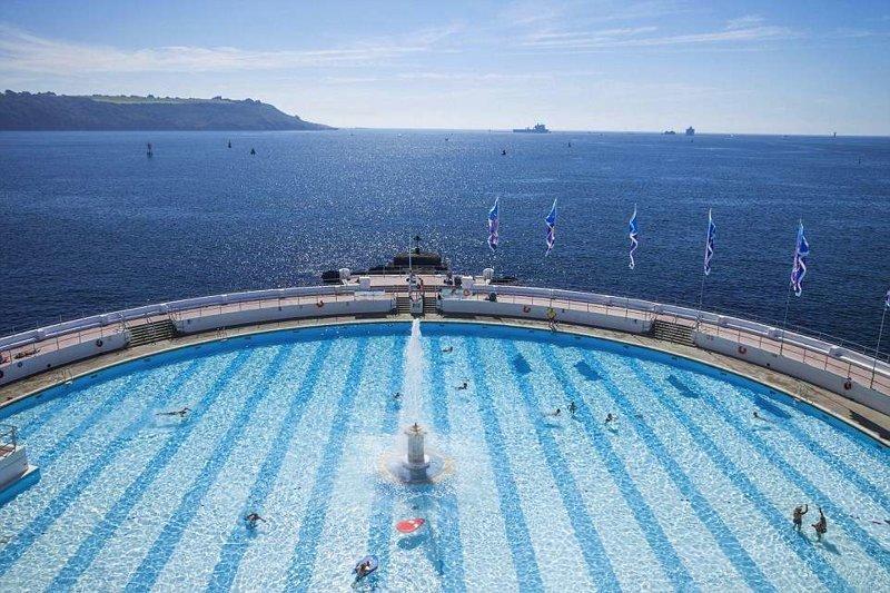 4. Огромный бассейн с соленой водой прямо над морем в мире, красивые места, мир, неожиданно, пляж, путешествия, туризм, фото