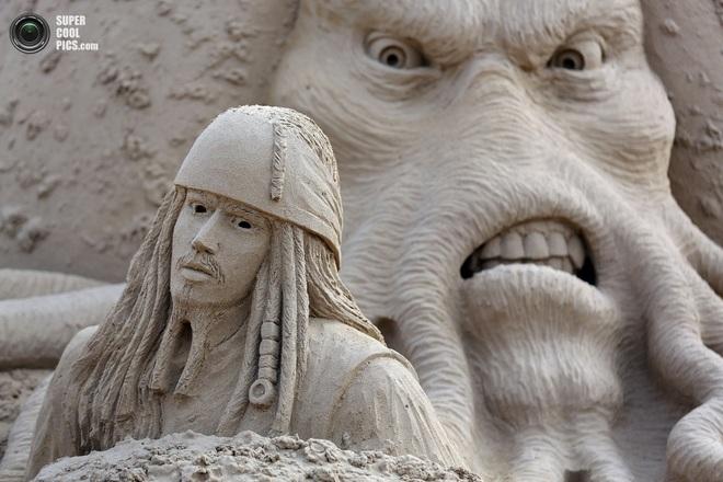 Фестиваль песчаных скульптур (14 фото)