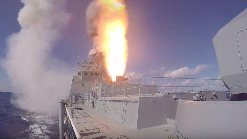 Российский крейсер «Адмирал Кузнецов» вооружат ракетами «Калибр»