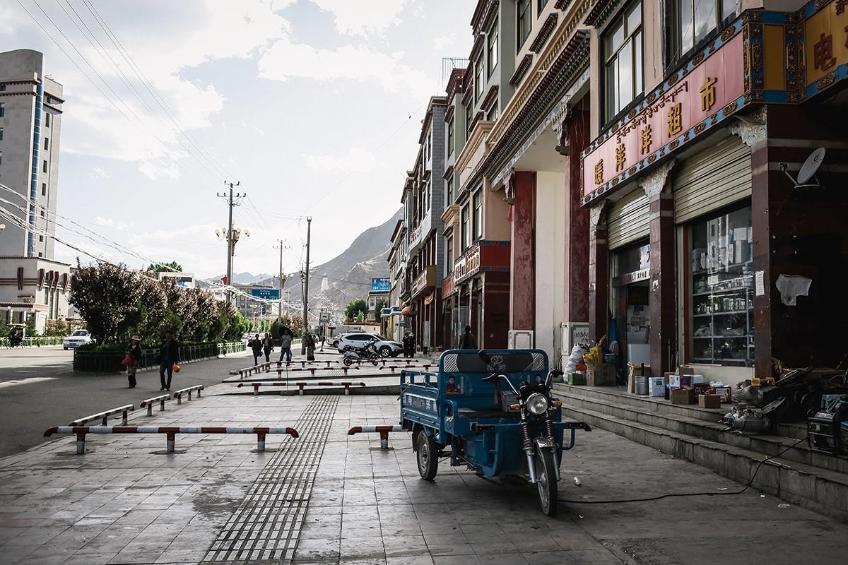 shigadze29 В поисках волшебства: Шигадзе, резиденция Панчен ламы и китайский рынок