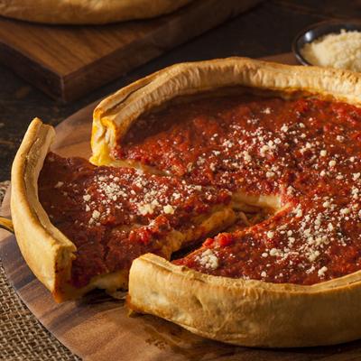Пицца фаршированная по-чекагски.