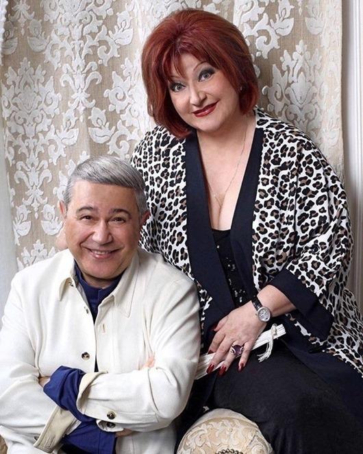 73-летний Петросян развелся