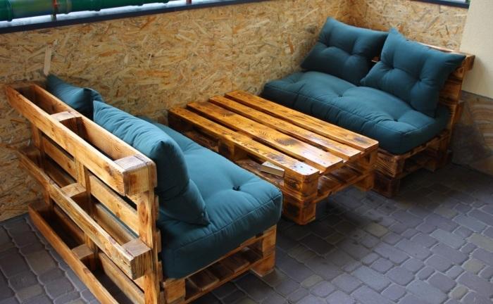 20 примеров великолепной мебели из поддонов, которую несложно собрать своими руками