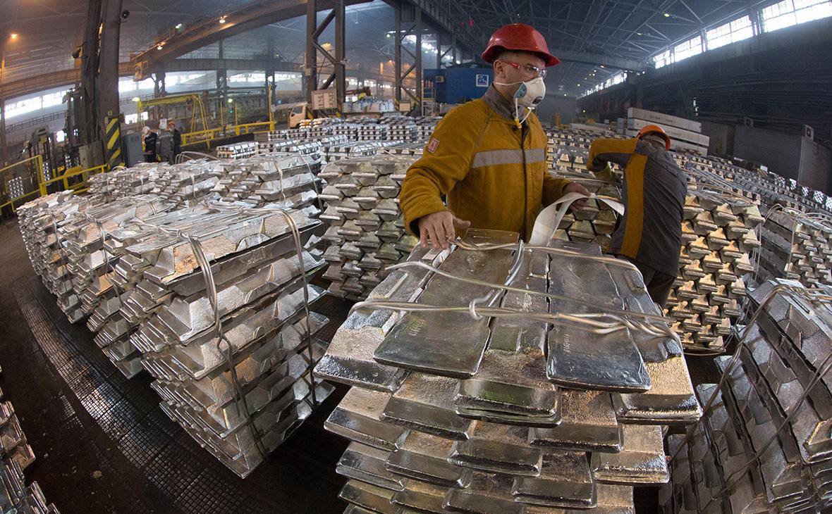 Reuters узнал об отказе японских компаний покупать у Rusal алюминий