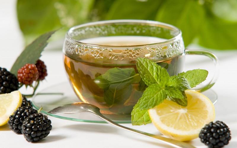 Всем известно, что зеленый чай полезен. Когда девушки сидят на диете, они пьют его литрами...
