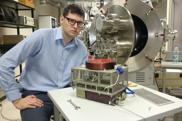 Создан ионный двигатель для дальнего космоса(1 фото)