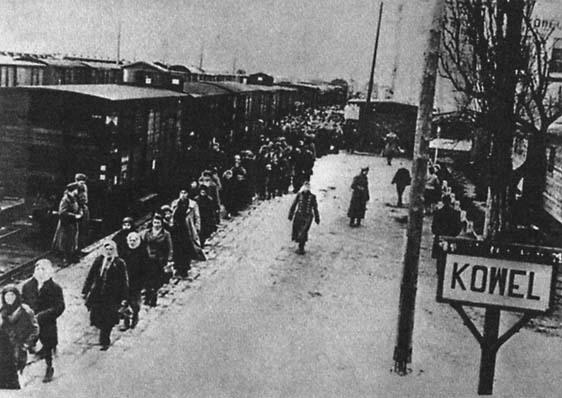 """Баварское, говорите, пили бы: """"Немецкие дети, увидев русских рабов, бросали в них камни"""""""