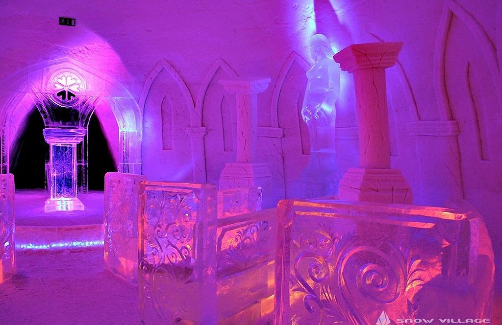 8 самых удивительных ледовых отелей мира-25
