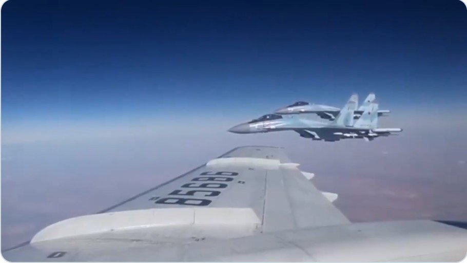 Крыло к крылу: Сергей Шойгу …