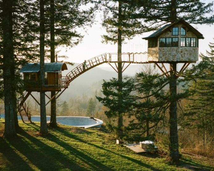 Дом из шлакового конуса на дереве от Фостера Хангтингтона