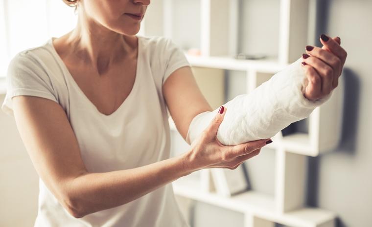 Как ускорить процесс заживления сломанной кости естественным путем?