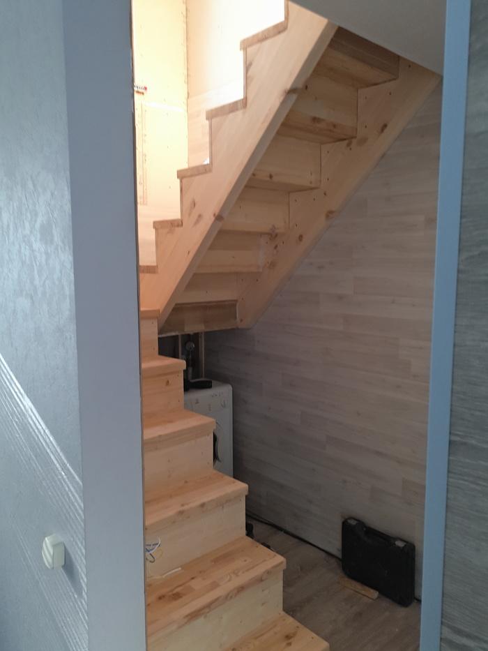 Лестница в частном доме свои…