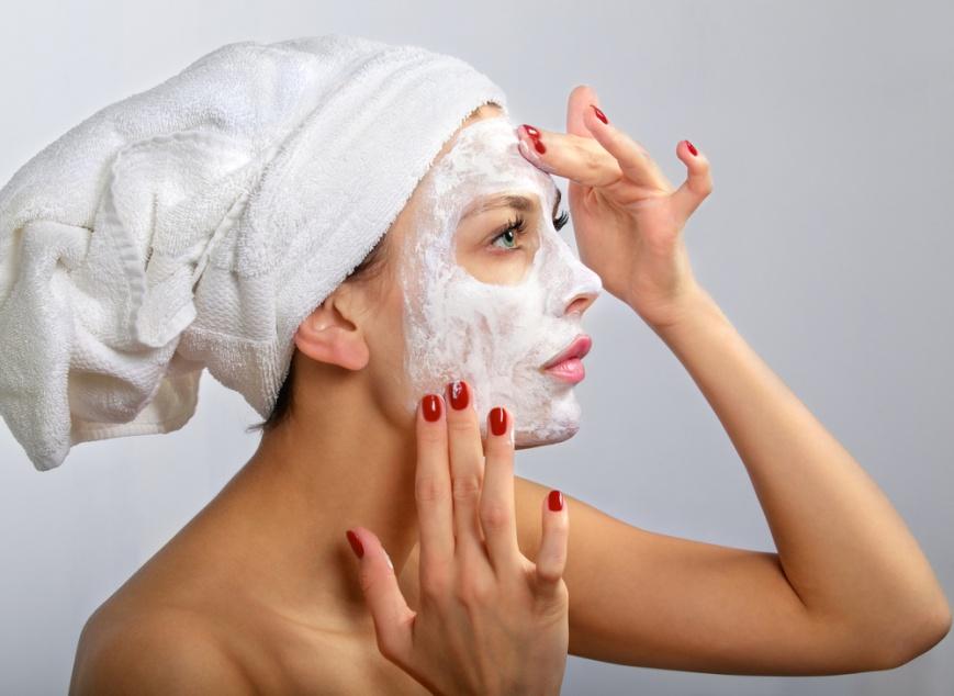 Весенние домашние маски для омоложения лица