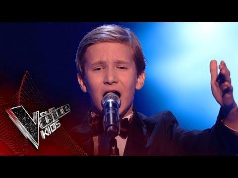 """Первый канал оправдался за провал жюри """"Голоса"""", не оценившего талант школьника. Теперь он звезда Британии"""