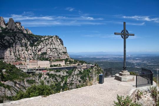 Гора и монастырь Монсеррат, Испания