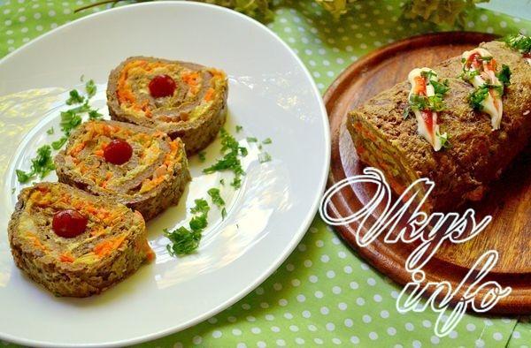Печеночный рулет с луком и морковью