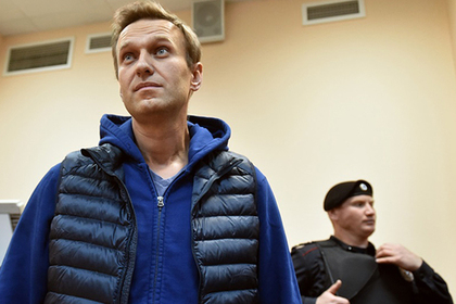 Навальный принял вызов Золотова