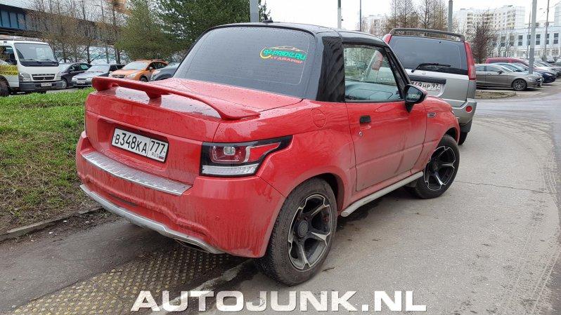 В данном случае речь не идет о полной копии. Но всё же автовладелец, как видно, решил сделать всё возможное, дабы стилизовать свой Suzuki X90 под Range Rover Evoque кабриолет. evoque, range rover, suzuki, самоделка