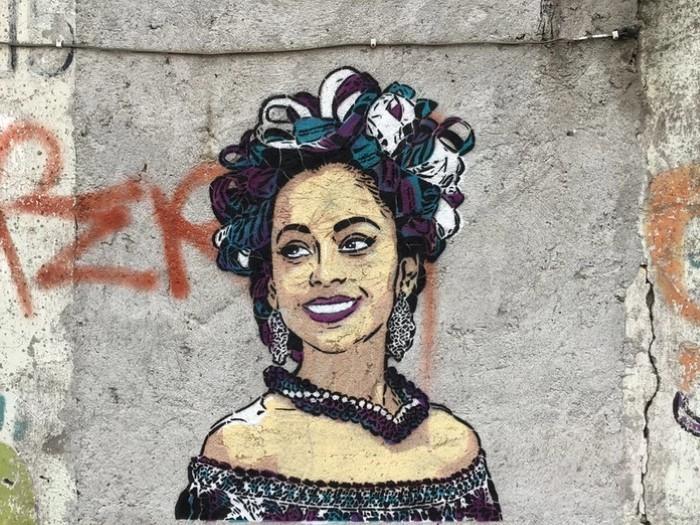 Vale Stencil