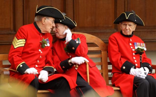 Требуем сменяемости британской власти, или еще раз о пенсионной реформе. Александр Роджерс