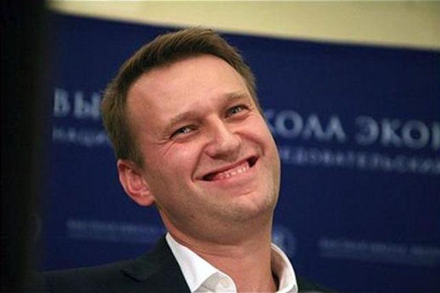 Навальный: кому обещал и должен, всем прощаю