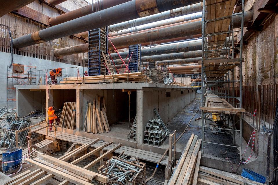 Как строятся станции метро «…
