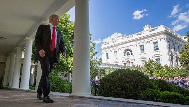 WP: Трамп на встрече с Путин…