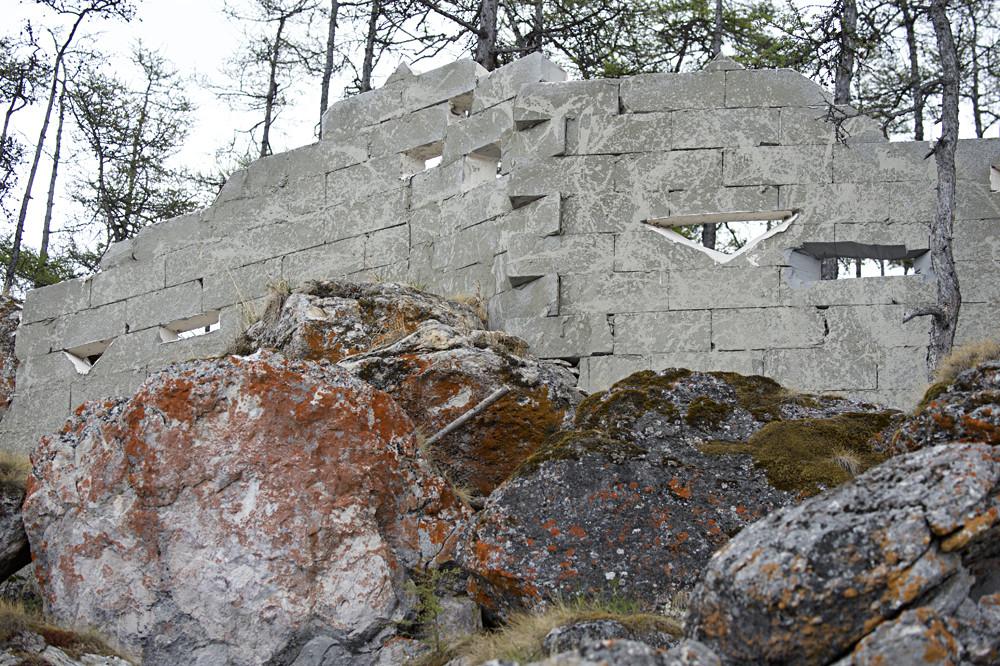 Новый замок на Байкале(9 фото)