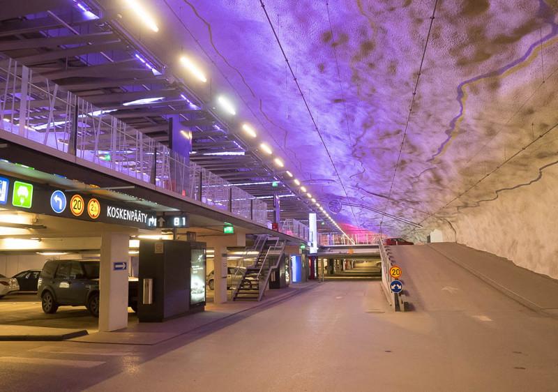 Уникальная подземная парковка в Тампере