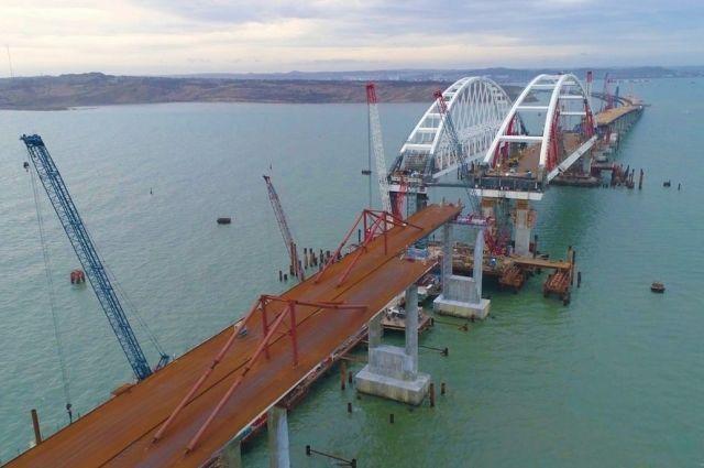 Движение по Крымскому мосту будет запущено поэтапно