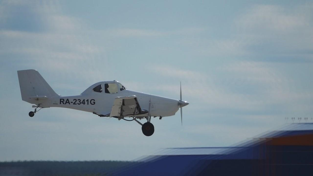 Самолет Т-500 совершил дебютный полет на МАКС-2017