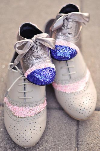 336Украсить детскую обувь своими руками