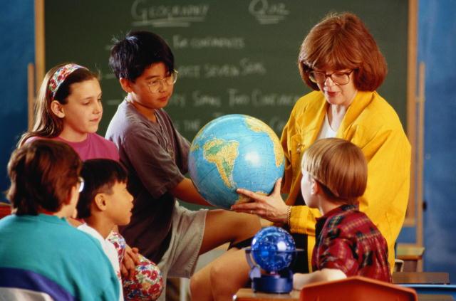 Учителя переживают не только о суффиксах и кислотах, но и о страхах учеников