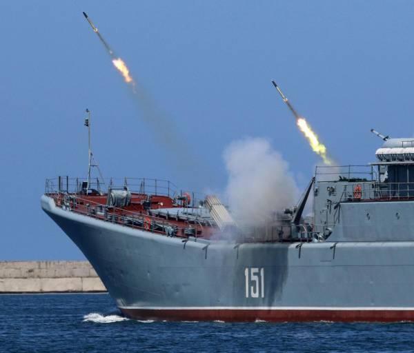 «Это красная буря?»: американский флот готовится к войне с Россией и Китаем
