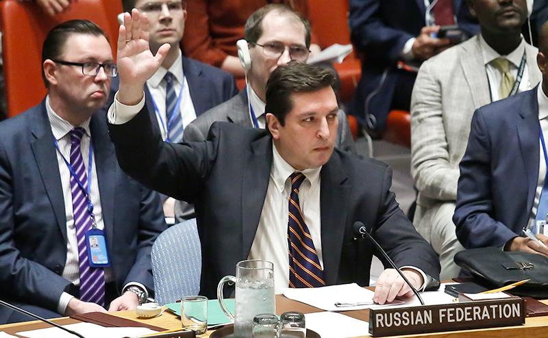 НАТО хочет проглотить ООН, подмяв Россию