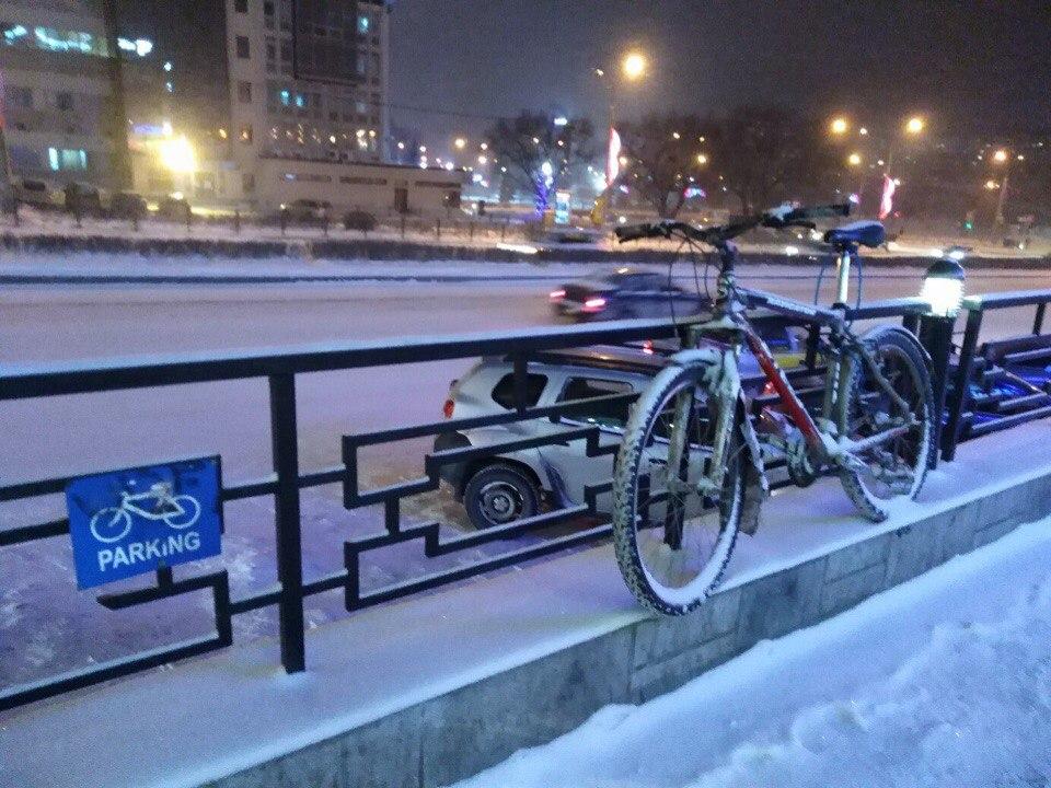 Суровые Пермские велопарковки