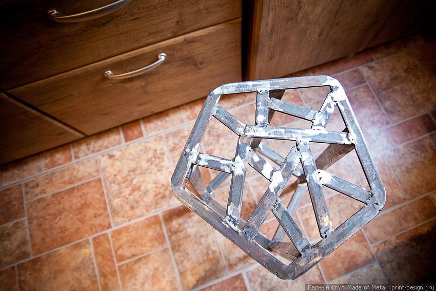 Маленькие стульчики своими руками из металла