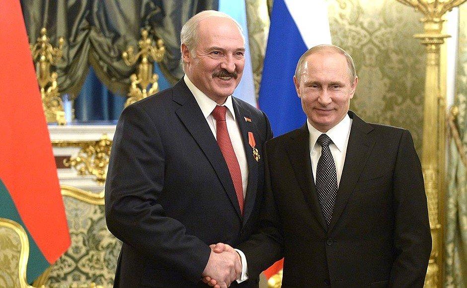 Лукашенко прокомментировал, почему лидеры России и Белоруссии наблюдали за учениями «Запад» раздельно
