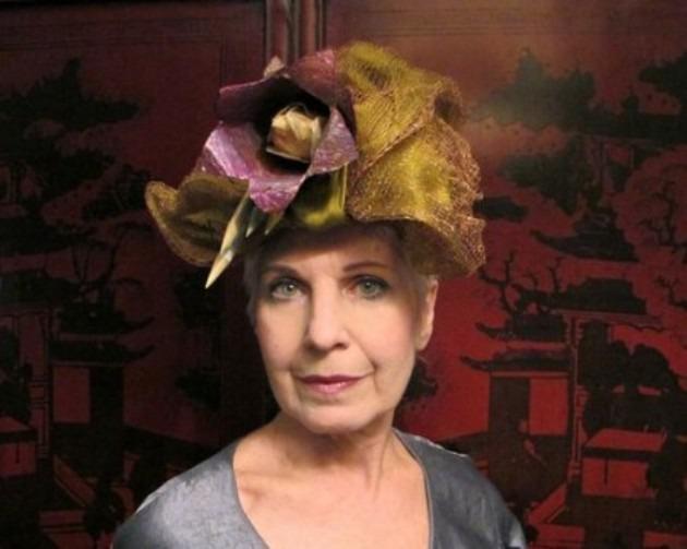 Debra Rappoport — американская шляпница