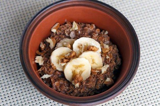 Шоколадная овсяная каша с бананом по рецепту Джейми Оливера
