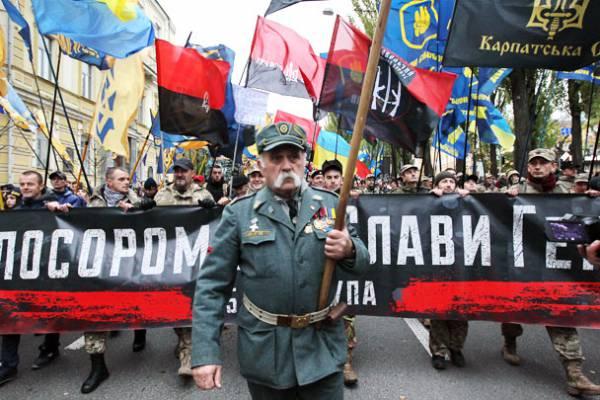 Марш УПА в Киеве приветствовали только бомжи атошники