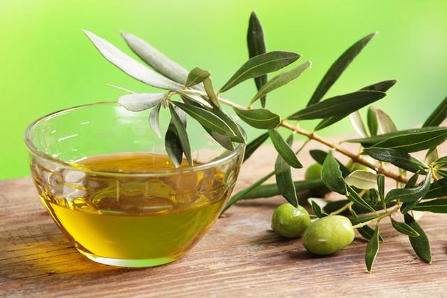 Сбор оливок и отжим оливкового масла - фоторепортаж