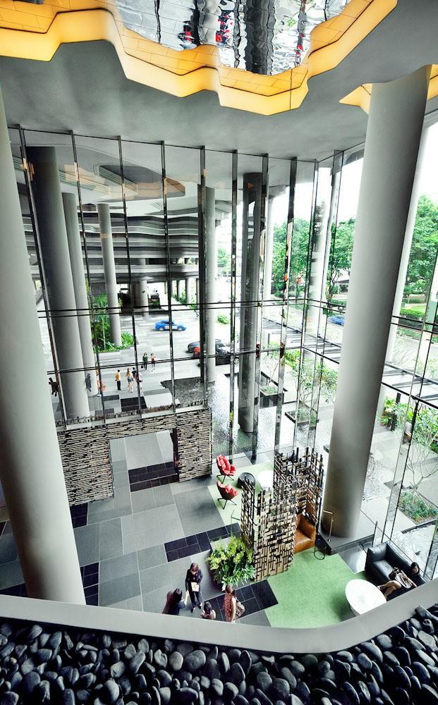 Parkroyal07 Уникальный сад на фасаде отеля в Сингапуре