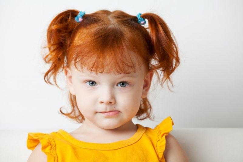 3-летняя Катя помогала маме …
